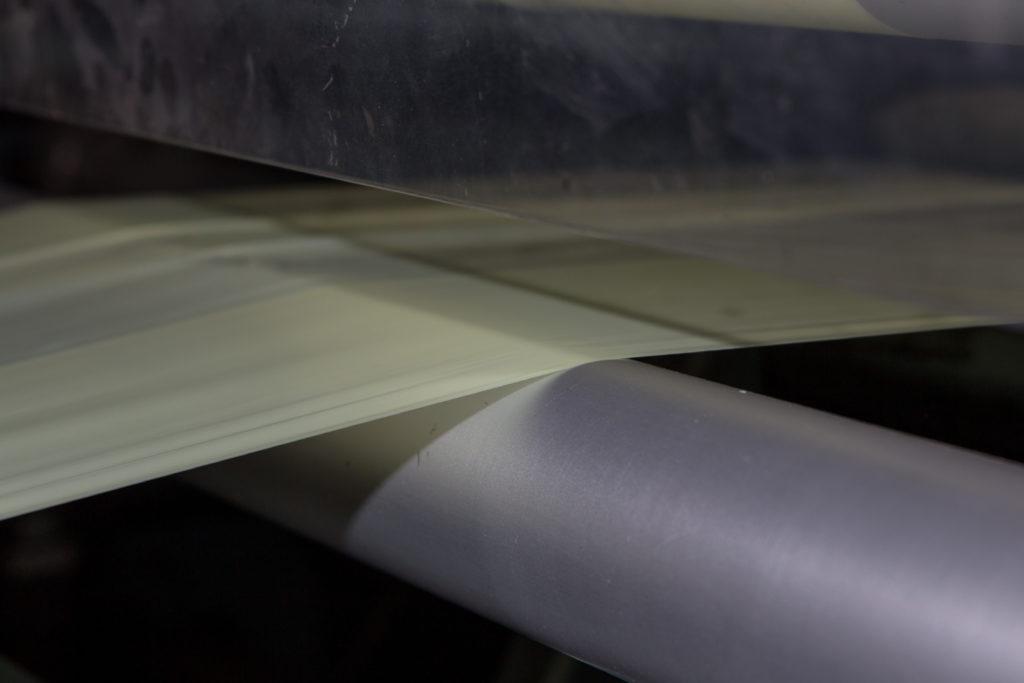 Klejenie pianek - błona klejowa